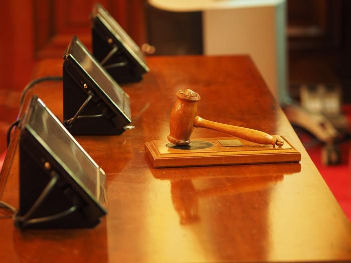 Глава Верховного суда заявил, что в России прекращают дела ...