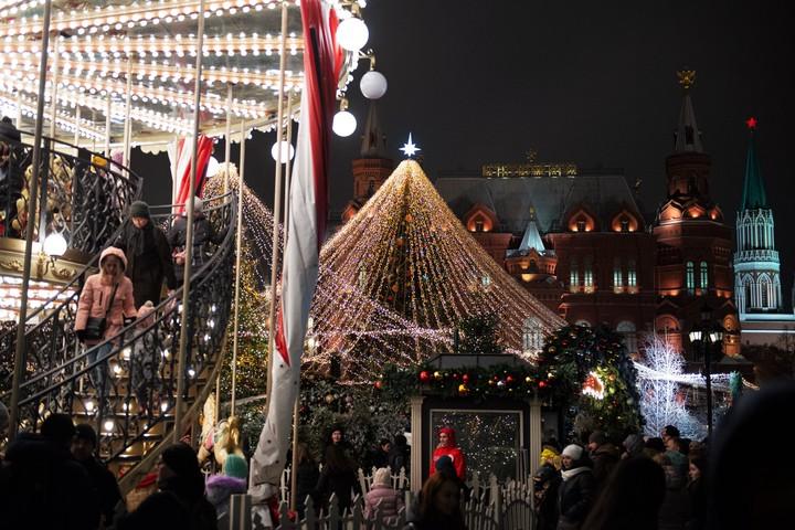 Новогоднее настроение в Москве / Фото: Наталья Феоктистова, «Вечерняя Москва»