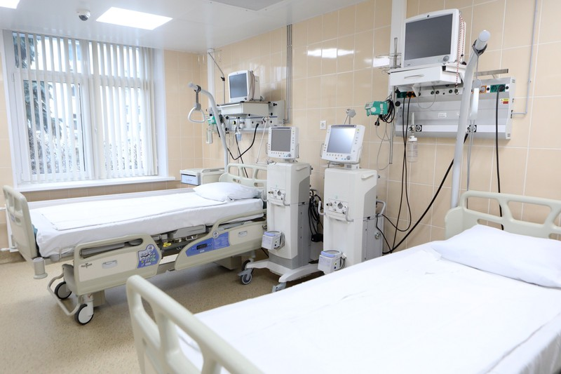 Минздрав назвал условия выписки пациентов с COVID-19 до получения отрицательного теста
