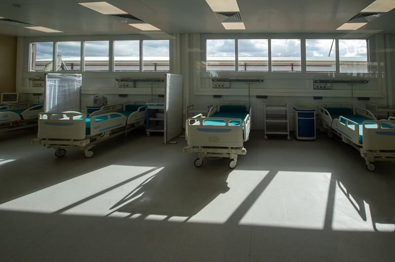 Около 600 коек для пациентов с COVID-19 заполняются в Москве за два дня