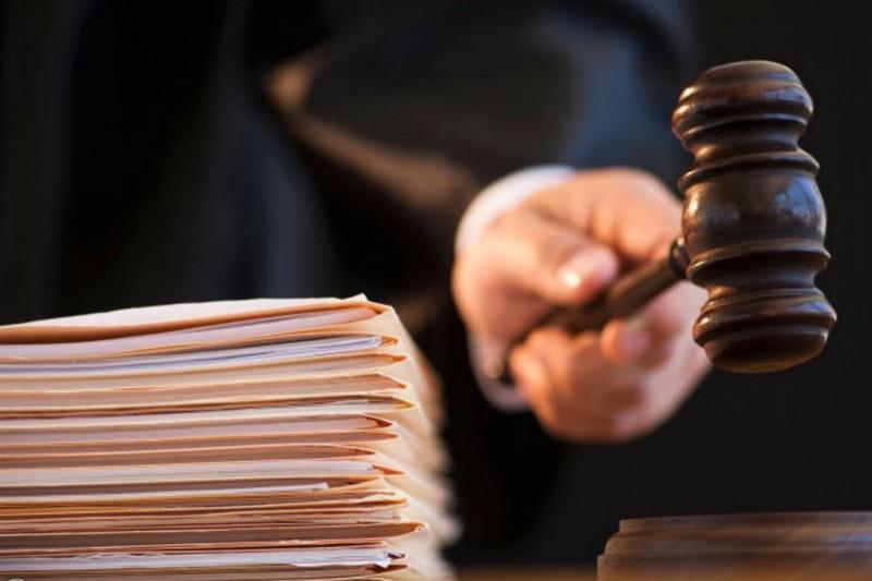 Суд в Москве арестовал напавшего на правоохранителя на несанкционированной акции