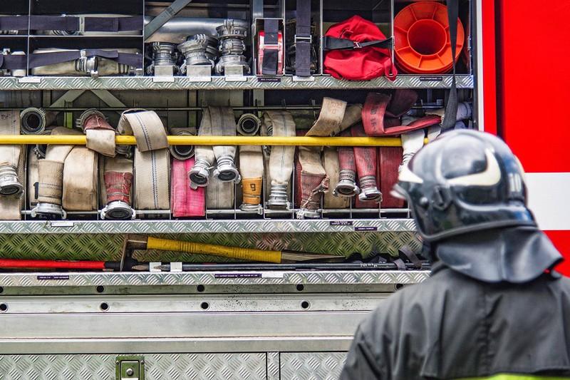 Трое взрослых и ребенок погибли при пожаре в жилом доме в Петрозаводске