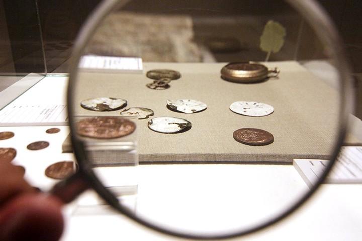 Человек делает деньги: как работает Московский монетный двор