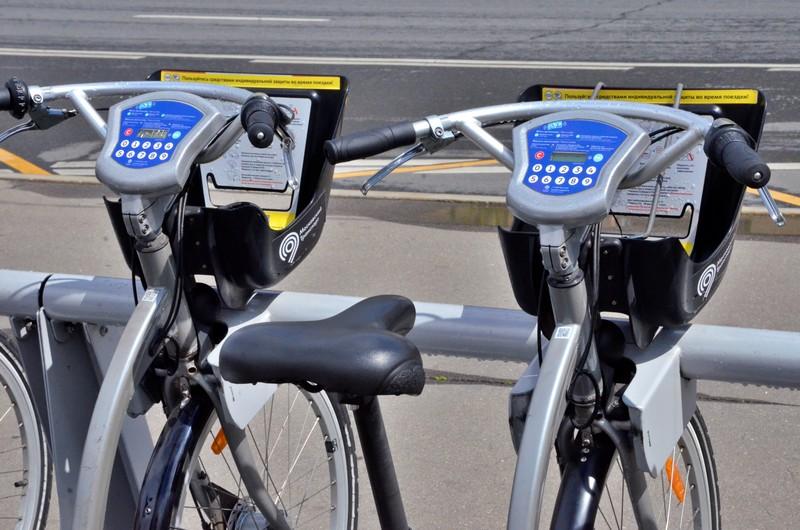 Безопасный и востребованный вид транспорта: сезон велопроката стартовал в Москве