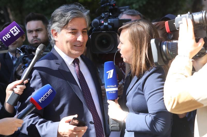 Пашаев опроверг информацию о своем отстранении от дела Ефремова
