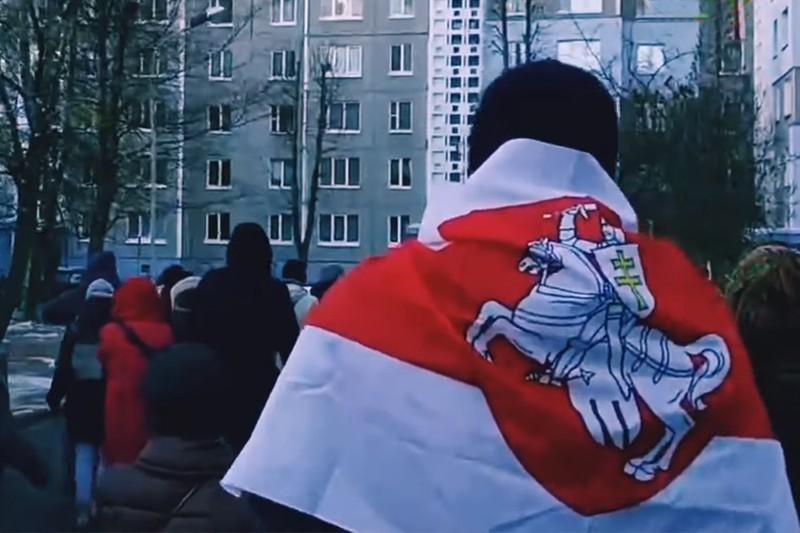 Помощник Лукашенко назвал протесты вызовом для экономики Белоруссии