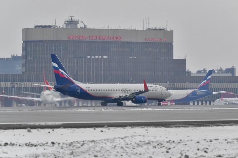 Вылетевший из Казани самолет совершил техническую посадку в Шереметьеве