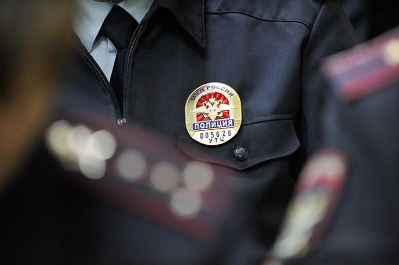 Неизвестный похитил 20 тысяч долларов из банковской ячейки в Москве