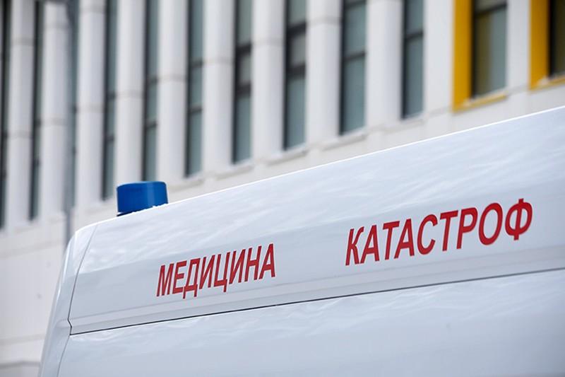 СМИ: Три человека пострадали в столкновении автомобилей на юге Москвы