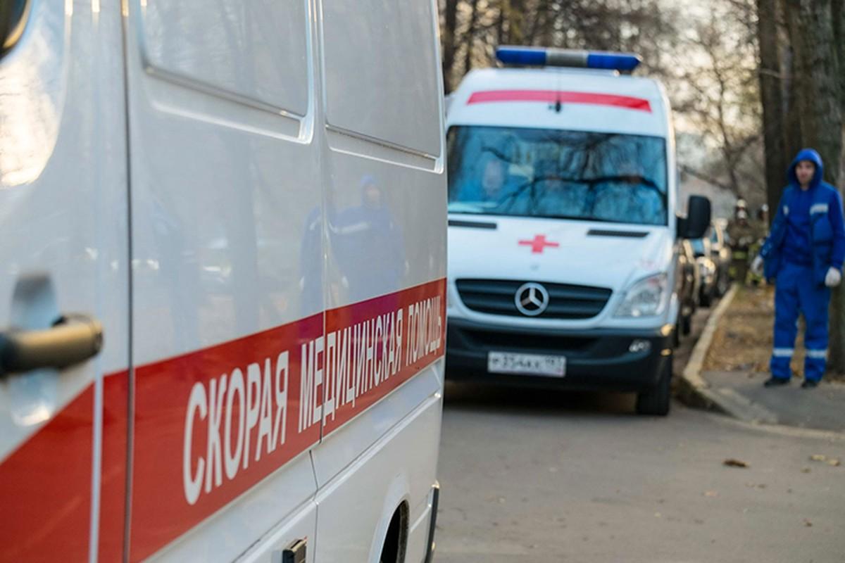 Четверо взрослых и ребенок пострадали в аварии на Варшавском шоссе