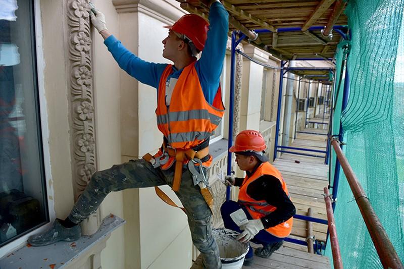 Четыре дома реконструируют и перепрофилируют по программе реновации в Москве