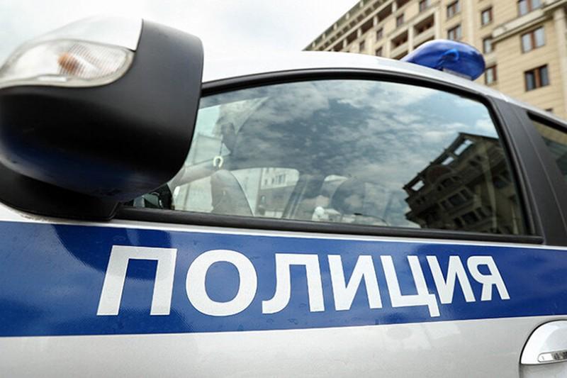 Злоумышленник обокрал женщину в центре Москвы на два миллиона рублей