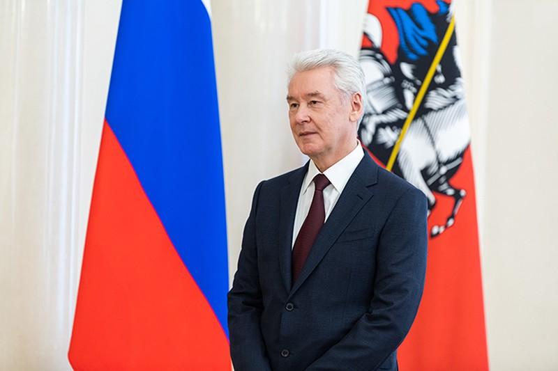 Сергей Собянин поздравил победителя конкурса «Воспитатель года»