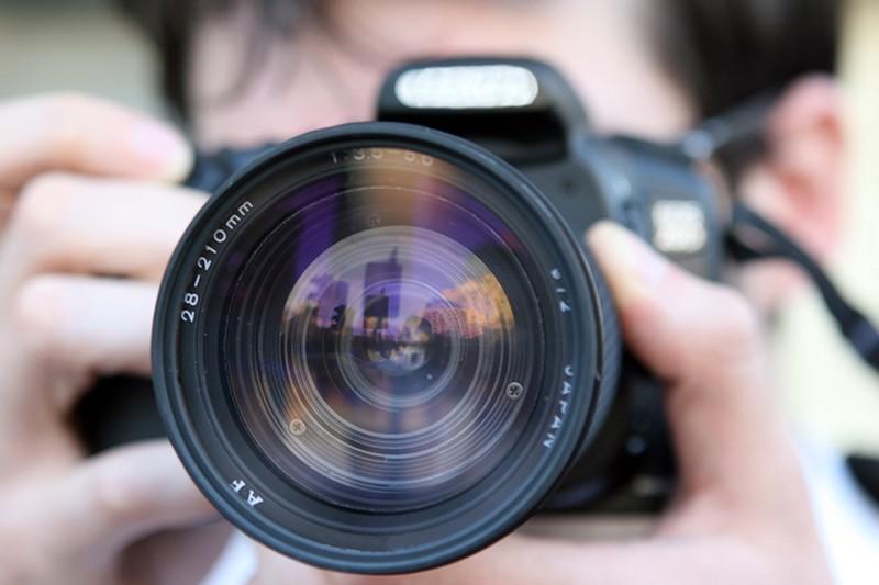 Фотографу выстрелили в глаз во время съемок в центре Москвы
