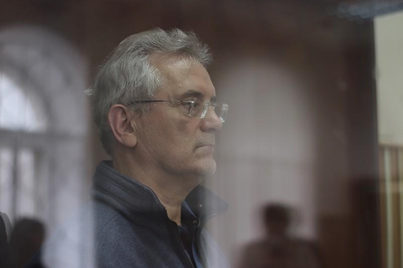 Суд продлил арест бывшему губернатору Пензенской области Белозерцеву