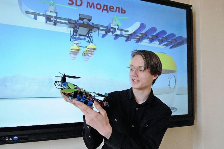 Московские школьники создали дрон-охотник за насекомыми