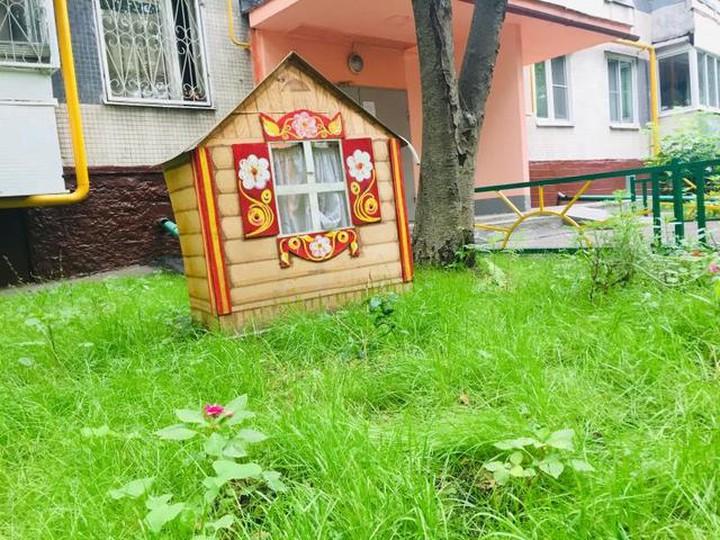 Сквер ужасов и латышский замок: пять необычных дворов Москвы