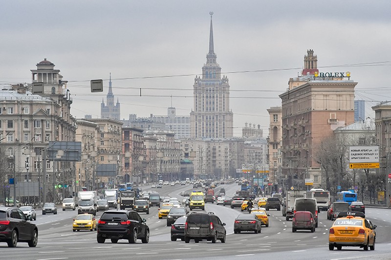 Движение восстановили после возгорания автомобиля на востоке Москвы