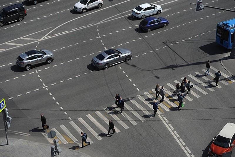 Движение на нескольких улицах в Москве ограничат с 12 мая
