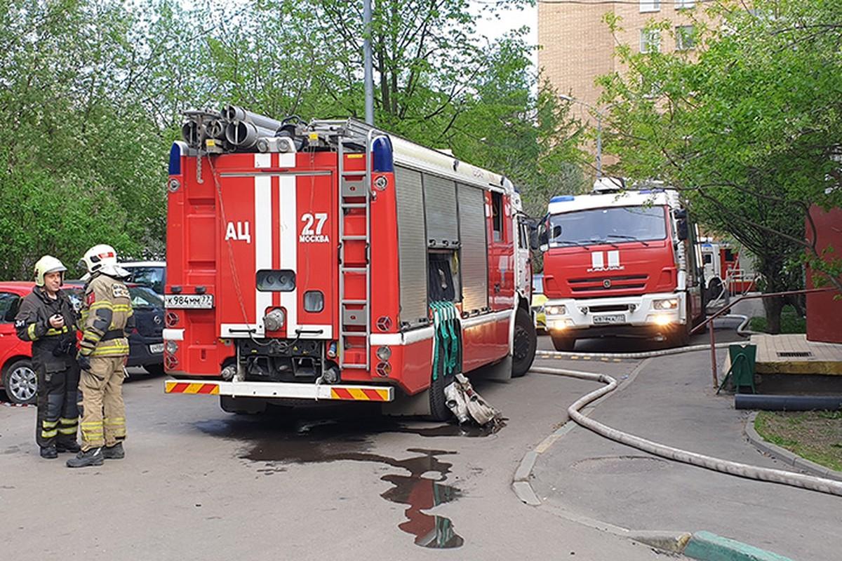 МЧС проверит сообщение о пожаре в квартире на востоке Москвы