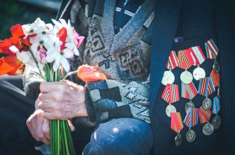 Акция «Цветы Победы» прошла в Москве