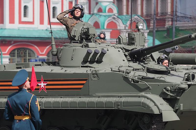 «Путин показывает мускулы»: что Запад ждет от парада Победы в Москве