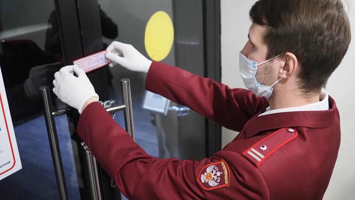 Роспотребнадзор приостановил работу кафе в Москве из-за нарушений мер по коронавирусу