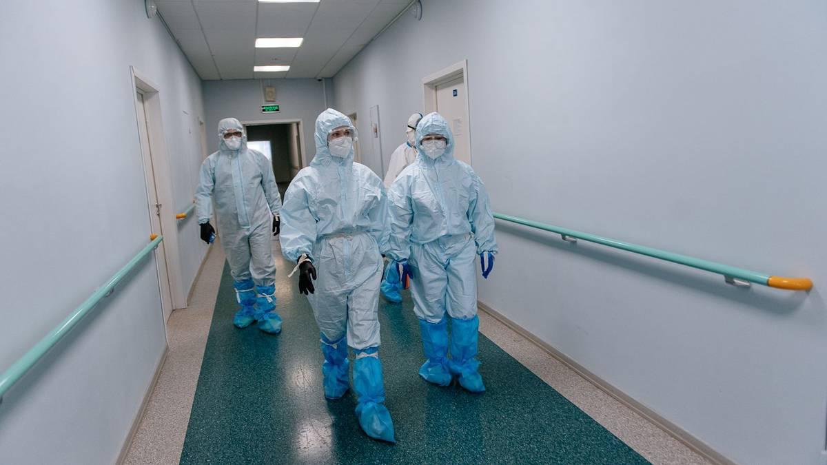 В России за сутки выявили 17 837 новых случаев коронавируса