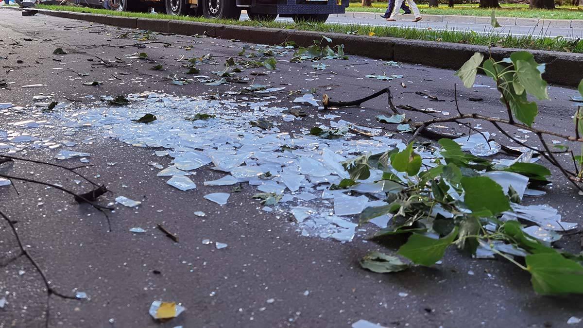 Пять человек пострадали в аварии с самосвалом в Новой Москве