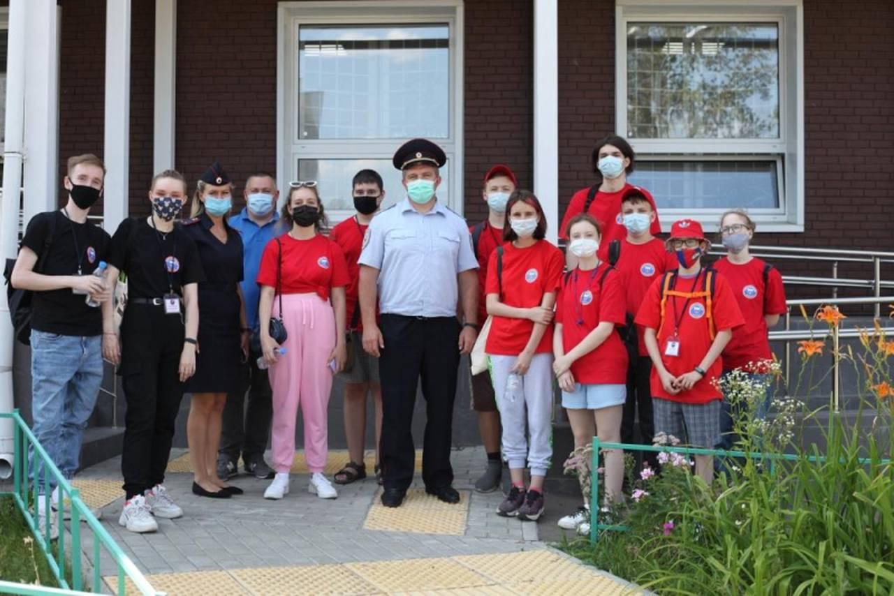 Дети посетили Экспертно-криминалистический и Кинологический центры УВД по ЮАО. Фото: пресс-служба УВД ЮАО
