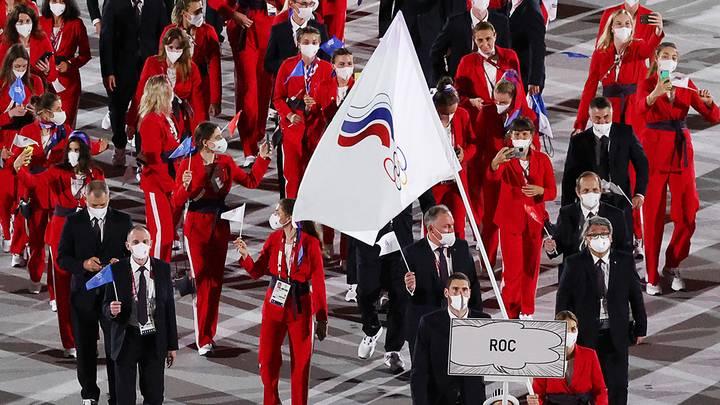 Команда ОКР во время парада атлетов/ Фото: Станислав Красильников/ТАСС