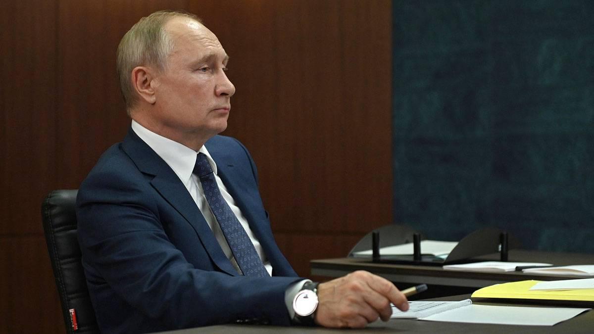 Владимир Путин: Главной задачей в России является рост доходов граждан
