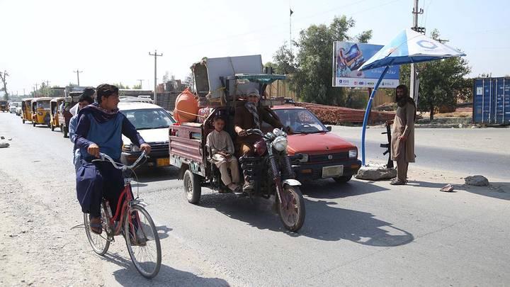 Боевики движения «Талибан» (запрещено в РФ) взяли под свой контроль город Джелалабад, Афганистан / Фото: EPA/ТАСС
