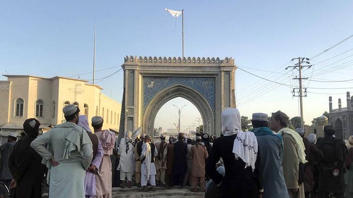 Сторонники движения «Талибан» (запрещено в РФ) взяли под свой контроль Кандагар - второй по величине город Афганистана / Фото: EPA/ТАСС