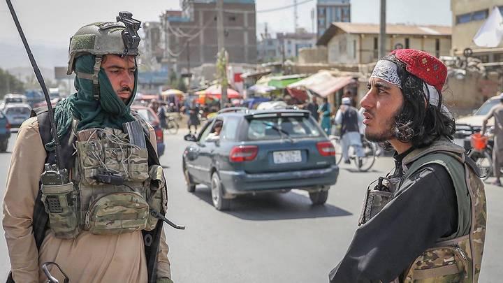 Боевики движения «Талибан» (запрещено в РФ) в Кабуле, Афганистан / Фото: EPA/ТАСС