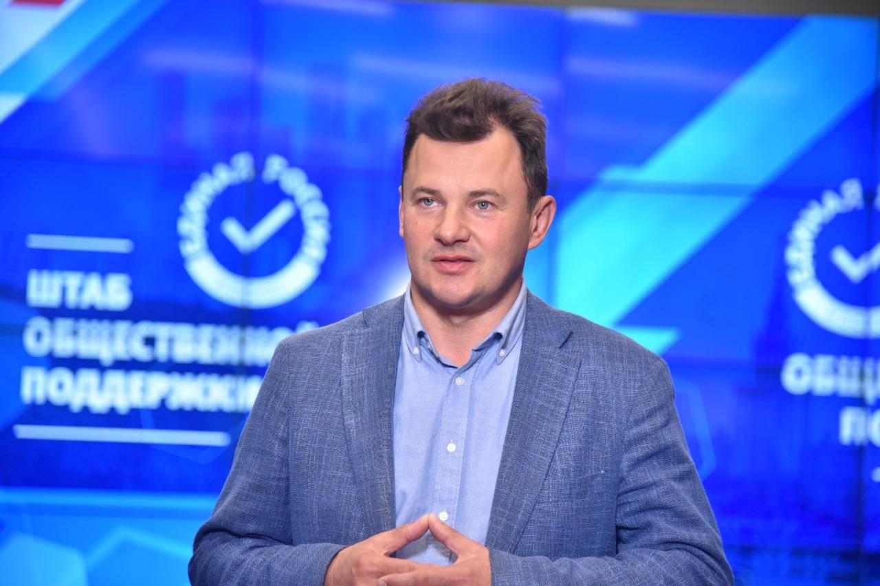 Роман Романенко предложил включить «декрет для бабушек» в нацпроект «Демография». Фото: Ольга Крылова