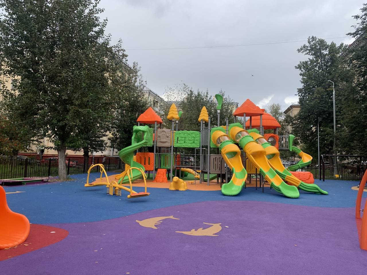 В Пресненском районе благоустроили 66 дворовых территорий. Фото предоставили в Префектуре ЦАО