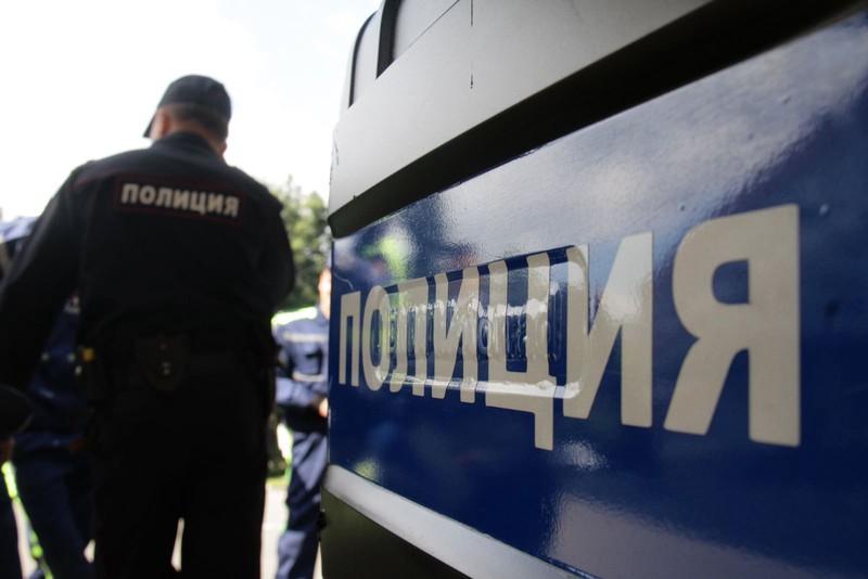 Мужчины в масках украли у жителя Курска куртку в центре Москвы