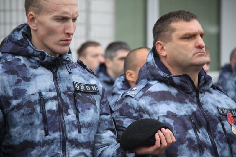 Московские омоновцы по именному медальону нашли родственника воина, погибшего во времена ВОВ
