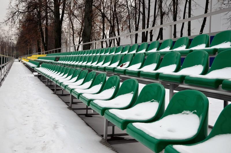 Запрет на посещение зрителями спортивных мероприятий продлили в Подмосковье